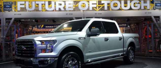 Great front 3/4 view of the new 2015 Ford F-150 at the Detroit Auto Show.